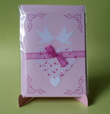 Romantische Grußkarte mit Tauben