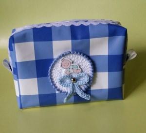 Notfalltasche für unterwegs - blaukariert