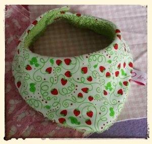 Halstuch für Babys und Kleinkinder - Erdbeeren