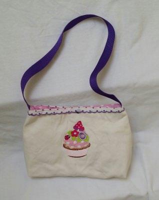 Bestickte Handtasche - Cupcake