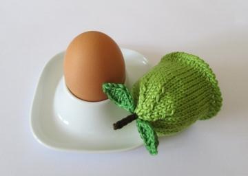Eierwärmer Apfel aus Baumwollgarn gestrickt in apfelgrün