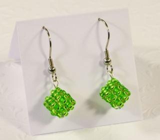 Ohrringe: kleine Würfel ~ Peridot (Grün) - Handarbeit kaufen