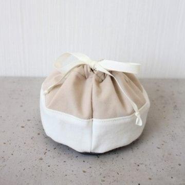 Kleines Gurttäschchen aus Kunstleder und Baumwolle grau weiß rosé [vegan]