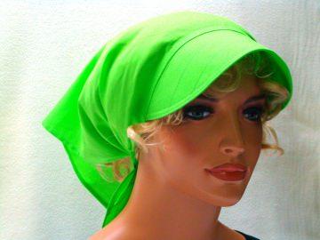 Kopftuch grün mit Schild handgefertigt aus 100% Baumwolle