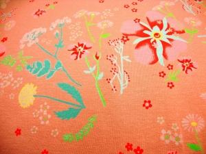 French Terry in altrosa mit einem Blumenmuster in rose / rot mint Blätter und Zweigen SpringLove