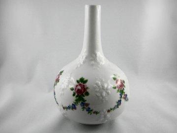 Kleine Vase mit Rosenmotiv, Porzellan