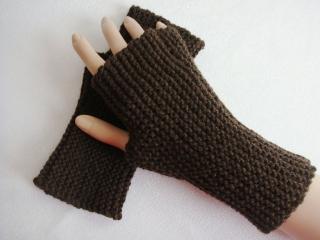 Handstulpen, mit Daumenkeil, tief dunkelbraun