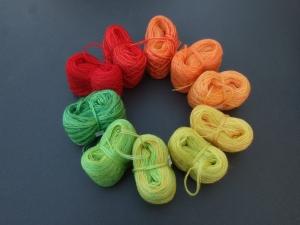 4-fädig gefachtes Farbverlaufsgarn (Bobbel) Wolke 7 Herbstlaub 2 Minibobbel 10x 60m Lauflänge - Handarbeit kaufen