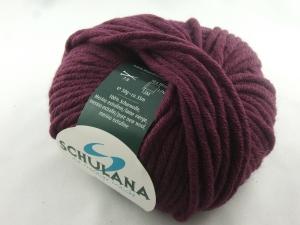 dicke einfarbige Schurwolle Merino extrafein von Schulana: Merlana Farbe Nr. 01, bombeere - Handarbeit kaufen