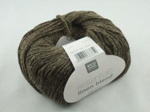 Essentials linen blend aran von Rico Design, ein sommerliches Baumwollgarn in Aranstärke mit Leinen- und Viskoseanteil in Farbe 003: olive