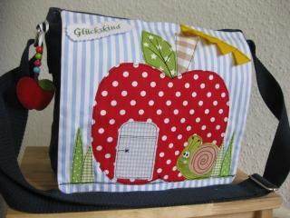 Kindertasche  Apfelhäuschen und Schnecke  Einzelstück Kindergartentasche --- sofort zu haben  - Handarbeit kaufen
