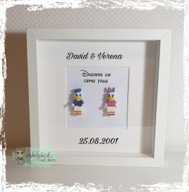 Rahmen für Paare - Donald & Daisy - personalisierbar mit Namen & Datum - Handarbeit kaufen