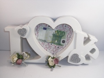 Geldgeschenk zur Hochzeit, Bilderrahmen LOVE, altrosa-creme     - Handarbeit kaufen