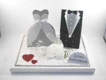 Geldgeschenk, Hochzeit, Vermählung, Geschenkschachtel, ganz edel in weiß-silber-rot - Handarbeit kaufen