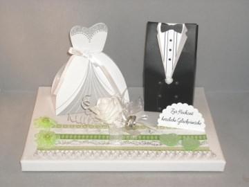 Geldgeschenk, Hochzeit, Vermählung, Geschenkschachtel, ganz edel in weiß-grün - Handarbeit kaufen