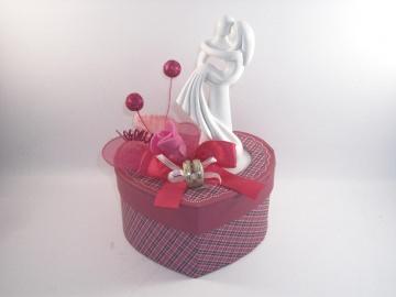 Geldgeschenk Hochzeit, Brautpaar modern, Skulptur, weiß, stilisiert - Handarbeit kaufen