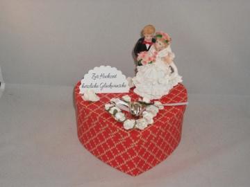 Geldgeschenk Hochzeit, Geschenkschachtel, Herzschachtel, romantisch - Handarbeit kaufen