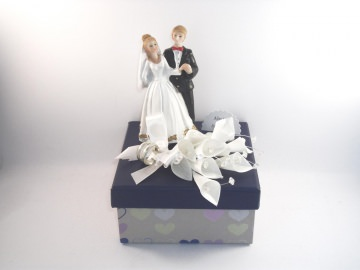 Geldgeschenk Hochzeit, Brautpaar Geschenkschachtel, romantisch, Herzen - Handarbeit kaufen