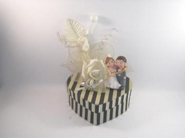 Geldgeschenk Hochzeit, Brautpaar, humorvoll, lustig, Bräutigam gefangen - Handarbeit kaufen