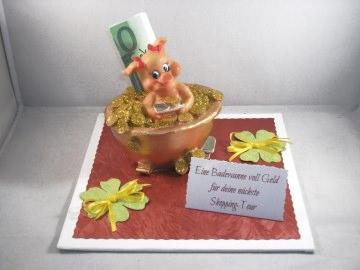 Geldgeschenk Geburtstag, Shopping-Tour, Geburtstag, shoppen, niedliches Schweinchen in Geldwanne