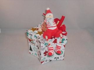 Geldgeschenk, Geschenkschachtel, Sternschachtel, Weihnachten, mit lustigem Nikolaus - Handarbeit kaufen