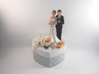 Geldgeschenk Hochzeit, Geschenkschachtel, Herzschachtel, romantisch, Geschenkbox - Handarbeit kaufen