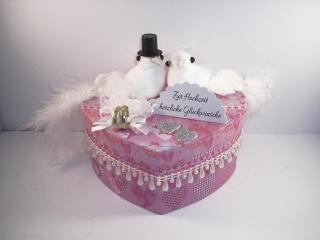 Geldgeschenk Hochzeit, Geschenkschachtel, Herzschachtel, romantisch, Geschenkbox , mit Tauben
