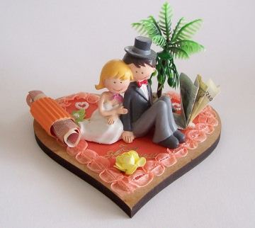 Geldgeschenk zur Hochzeit  Herz aus Holz mit Brautpaar