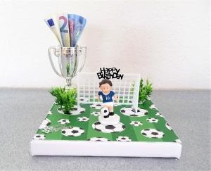 Geldgeschenke zum Geburtstag für den Fußballfan blau-weiß Geschenkverpackung