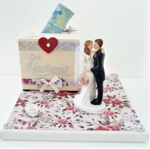 Geldgeschenk zur Hochzeit mit Spardose Brautpaar personalisierbar Geschenkverpackung