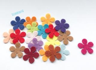 100 Filzblumenform (1.5cm und 1.2cm) , Blumen filz Form, Blumen applikation