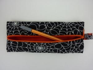 Kosmetikmäppchen Stiftemäppchen Federmäppchen mit Spinnennetz und Futter in orange