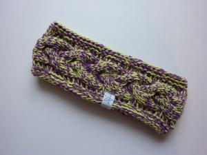Stirnband hellgrün/violett mit Zopfmuster handgestrickt