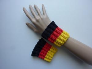 handgestrickte Pulswärmer Schweißbänder Deutschland