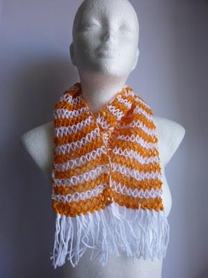 Sommerschal weiß orange gestreift Baumwolle Bio handgestrickt