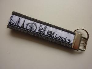Schlüsselanhänger LONDON grau