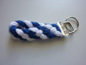 Schlüsselanhänger blau weiß