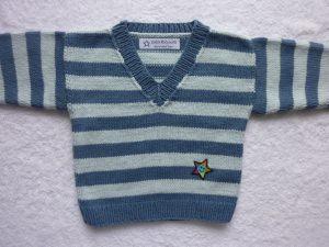 Babypulli Gr. 74/80 blau gestreift aus Baumwolle handgestrickt V2