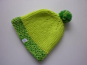 Strickmütze Neongelb Grün mit Bommel aus Schurwolle