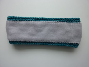 gefüttertes Stirnband in petrol aus Baumwolle handgestrickt