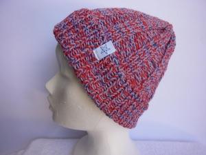 Strickmütze Flieder Rot Blau aus Baumwolle handgestrickt