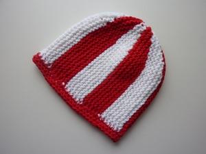 Strickmütze Fußball-Fan rot weiß