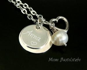 Kette mit Name, individuelle Namenskette mit gravierten Anhänger-Plättchen Herz - Handarbeit kaufen