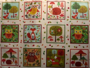 ✂ Patchworkstoff Meterware Makower Forest Friends Labels - Handarbeit kaufen