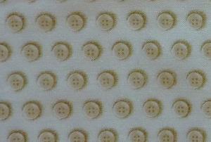 ✂ Patchworkstoff Meterware Dan Morris Knöpfe auf hellem Hintergrund - Handarbeit kaufen