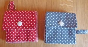 ✂ Materialpackung mit Anleitung für Geldbeutel im Quadrat in rot oder blau - Handarbeit kaufen