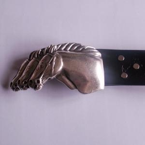 Pferde - Ledergürtel mit silberfarbener Schnalle Pferdeköpfe , Schnalle auswechselbar