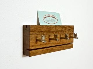SchlüsselBrett aus massivem Walnussholz (4 Haken) handgefertigt