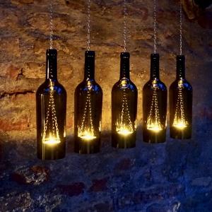 Upcycling- Hängelampe aus einer 0,75 l- Weinflasche (1.Stück)
