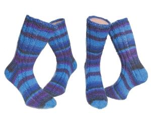 Handgestrickte Socken Gr. 38/39 ♂Blue♀ gezopft in blau lila und schwarz ☆ Verrückte Maschen